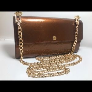 Authentic Louis Vuitton Vernis bronze Sarah Wallet